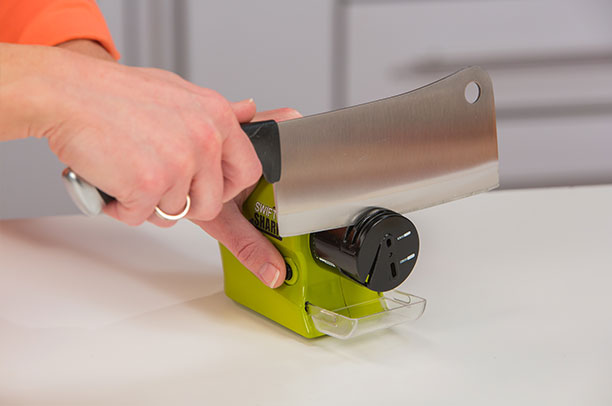 Swifty Sharp Cordless Motorized Knife Scissors Blade